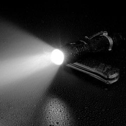 Lampe Tactique Sofirn SP32 A V2.0 1200 Lumens 02